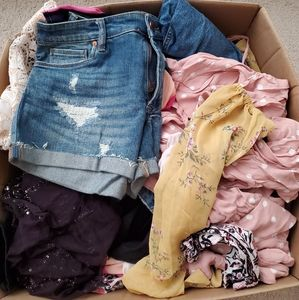NWT 5 pounds Mystery box Price firm